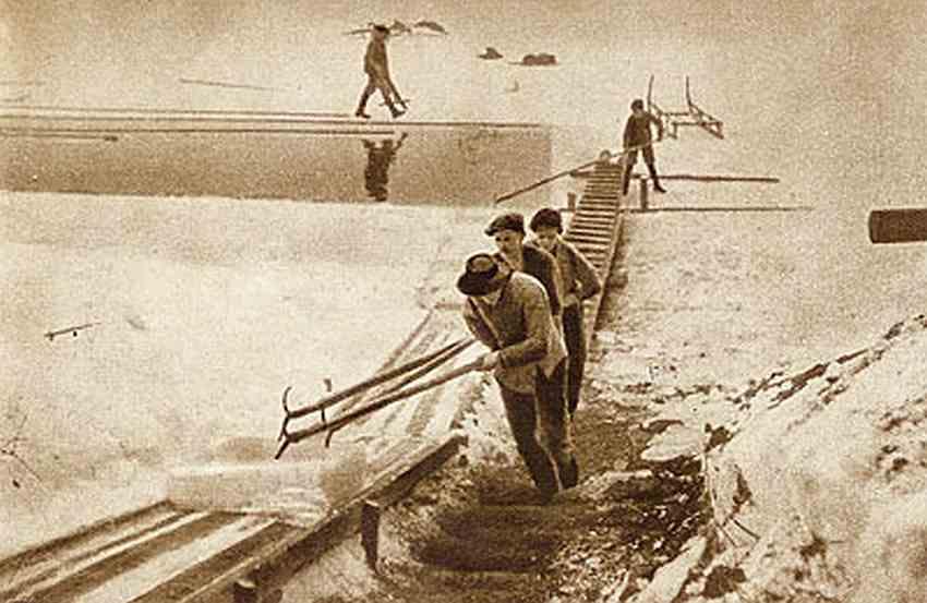Transport lodu pochylnią