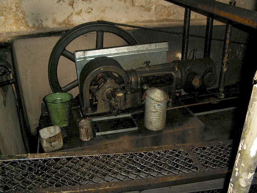 Fot 14. Kompresor komory pneumatycznej małej Szczawno-Zdrój Fot. T. Jurek