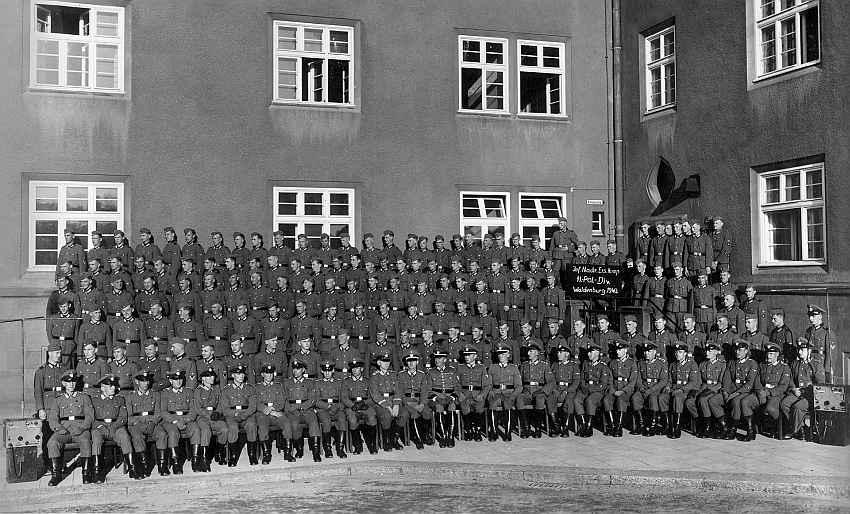Zdj.19 Inf. Nachr. Ers. Komp-SS Pol. Div-Waldenburg 1940. Wikiwand